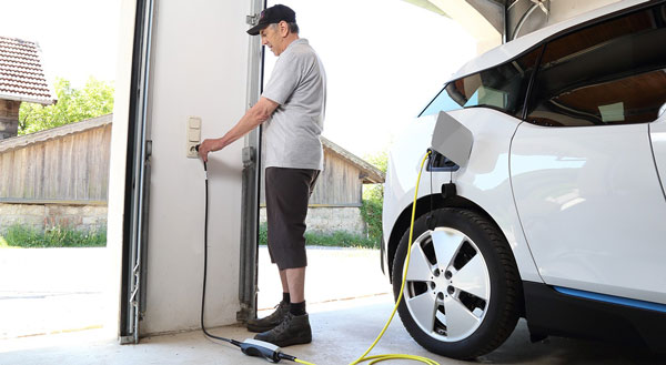 شارژ خودروهای برقی